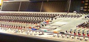 Analog mixer.